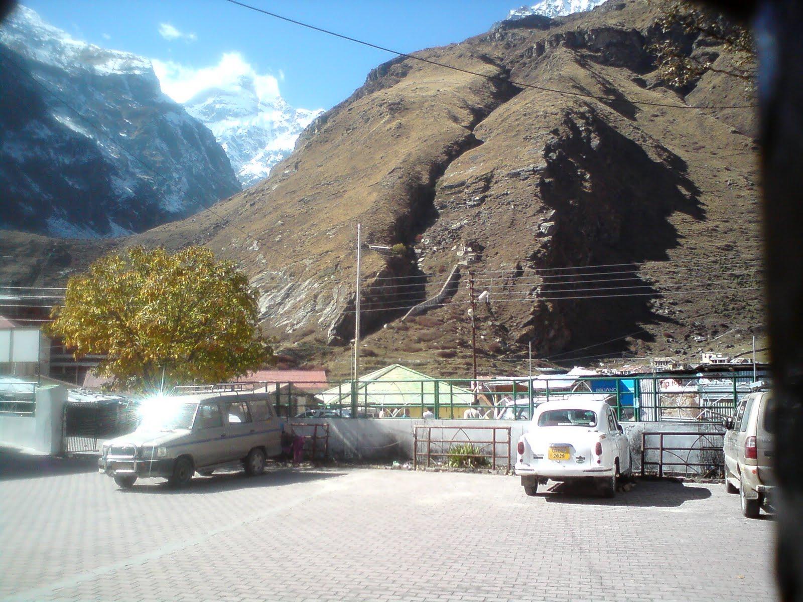 GMVN Tourist Bungalow Devlok Badrinath