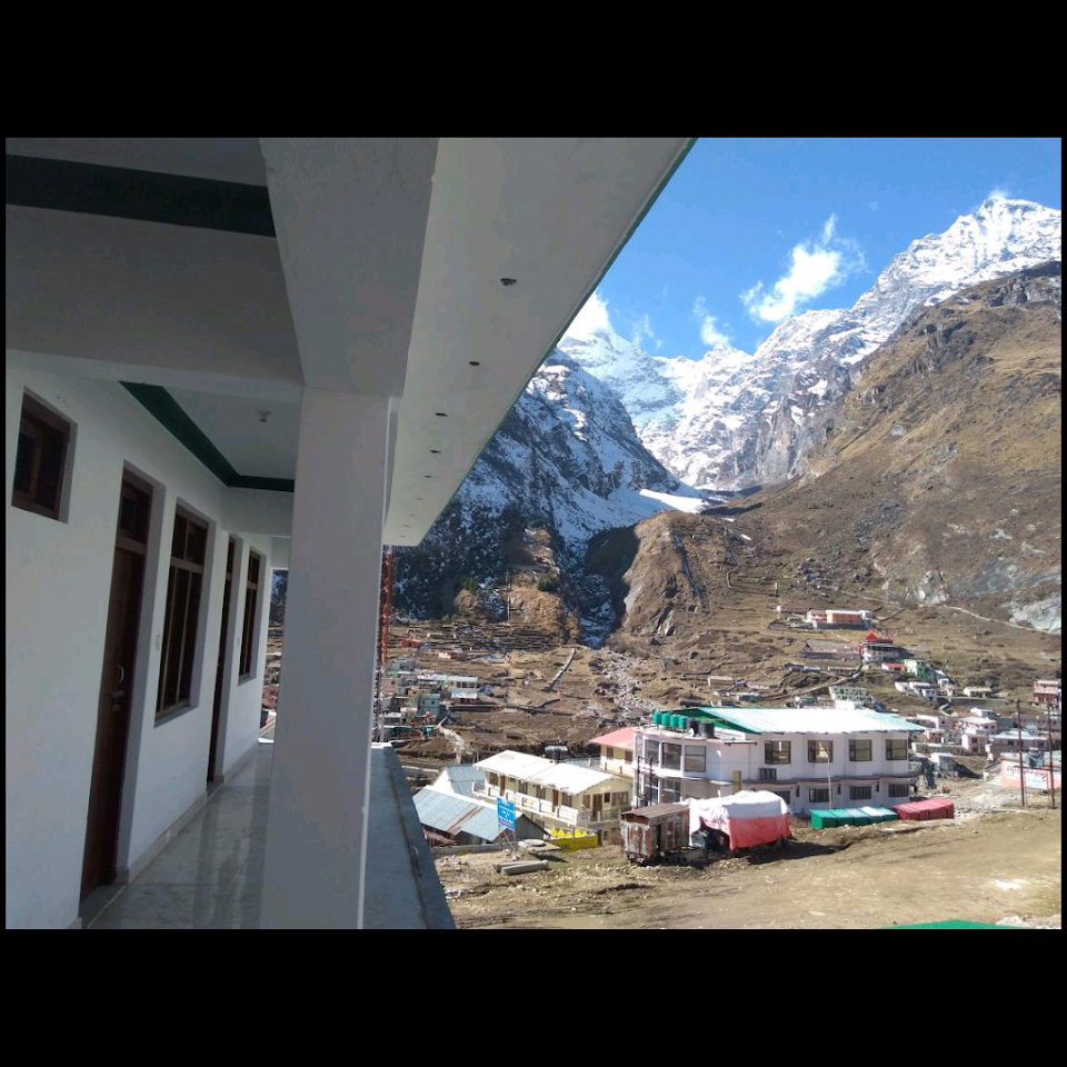 Hermitage in the Himalayas Badrinath 2
