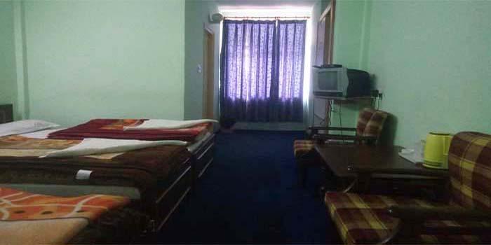 Hotel Dwarikesh Badrinath