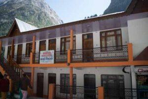 Hotel Kabra Niketan Gangotri