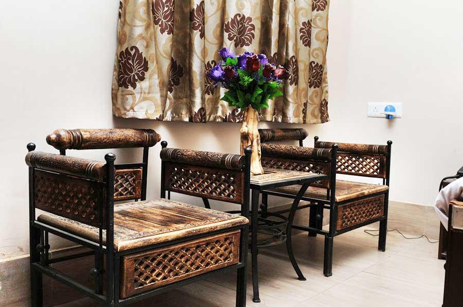 Hotel Kailash Residency Guptkashi