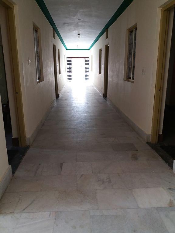 Nanda Devi Hotel room