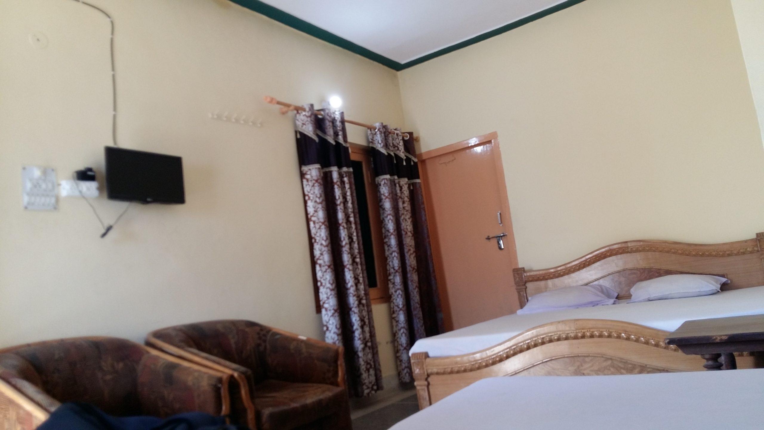 PANDEY RESIDENCY HOTEL GUPTKASHI